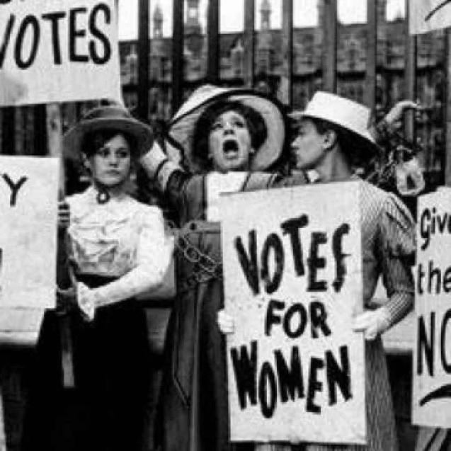 8  MARTIE – ziua în care femeile și-au câștigat drepturile prin marșuri, proteste, greve și chiar moarte…