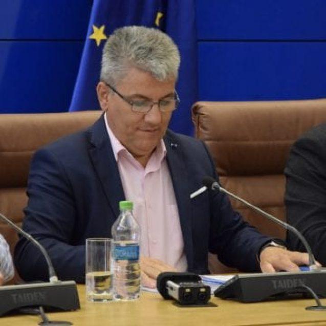 VIDEO – Deneș: Cei de la Jaspers vor să blocheze proiectul Colibița! Nu cât sunt eu ministru! Teraplast e dovada că e nevoie de acest proiect!