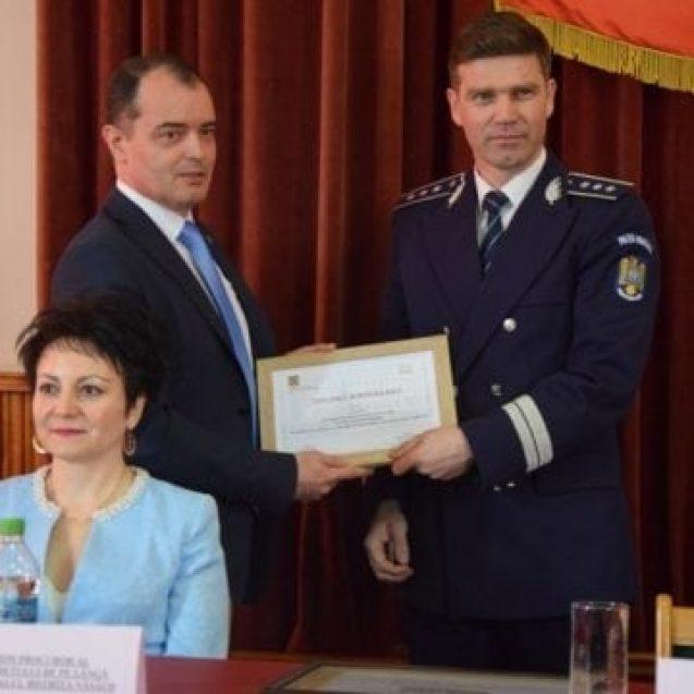 FOTO: De Ziua Poliției Române, zeci de polițiști bistrițeni au fost avansați în grad