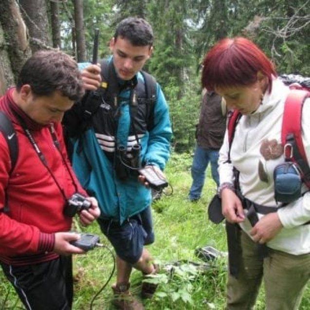 """ECO Rodna: Zeci de tineri din Lituania, România, Letonia, Serbia, Georgia și Iordania – implicați în proiectul """"Ecologie și supraviețuire"""""""