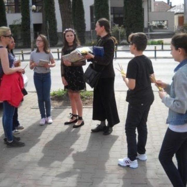 FOTO: Surprize pentru bistrițenii care au traversat Piața Mihai Eminescu!