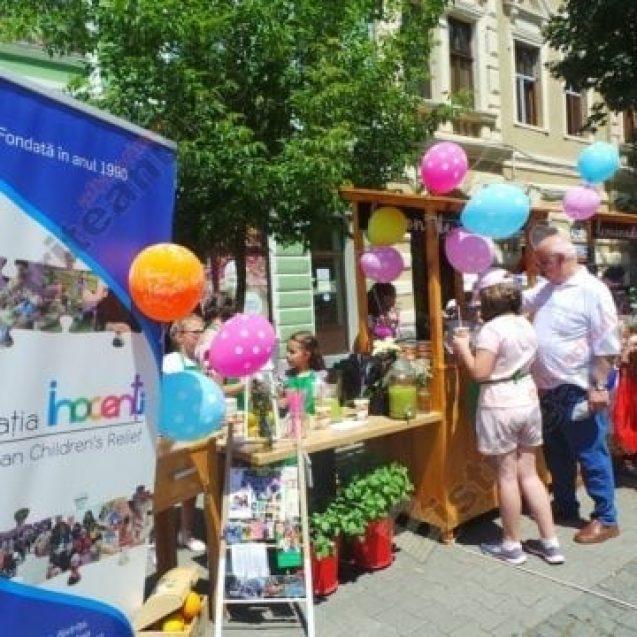 2 Iunie: Ziua Națională pentru Adopție. 20 de copii – adoptați anul trecut în Bistrița-Năsăud