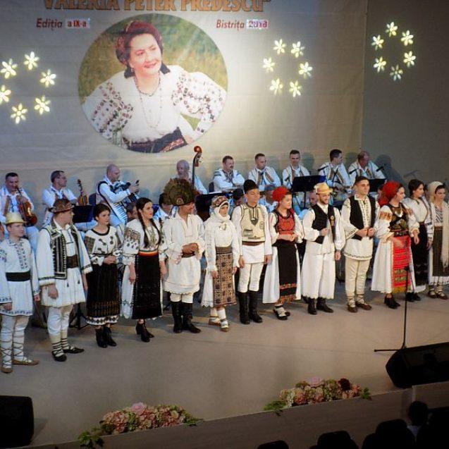 FOTO/VIDEO – Valeria Peter Predescu: Omagiu. Cel mai mare festival-concurs național de interpretare este la Bistrița!