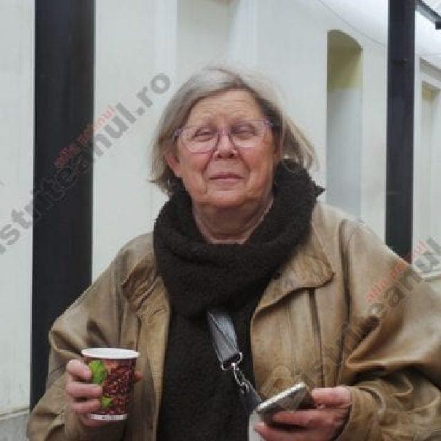 OAMENI din Bistrița-Năsăud. Geta Maria Vinay, probabil cea mai frumoasă bunică din oraș…
