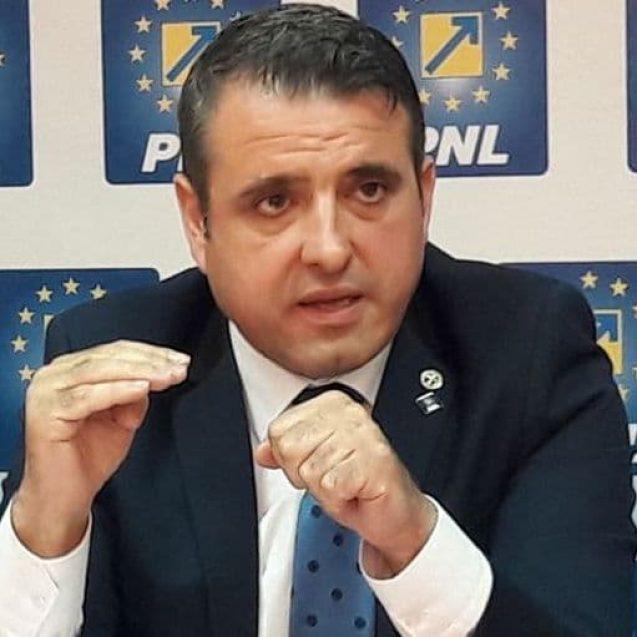 INTERVIU Ioan Turc vorbește despre tensiunile din PNL, confruntarea cu PSD și o alianță a dreptei