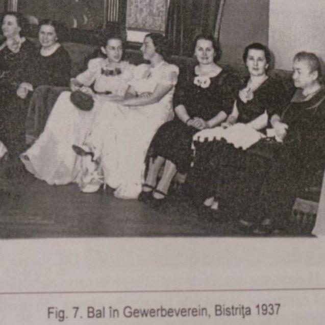 MISTERELE Bistriței: Cum se aranjau nunțile în Bistrița anilor 1900… Mireasa – o păpușă de ceară rece, nesimțitoare, dar bună, cuminte și cultă