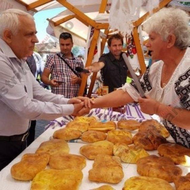 FOTO – Au făcut senzație! Pentru care Produs în Bistrița-Năsăud a dat bani ministrul Agriculturii