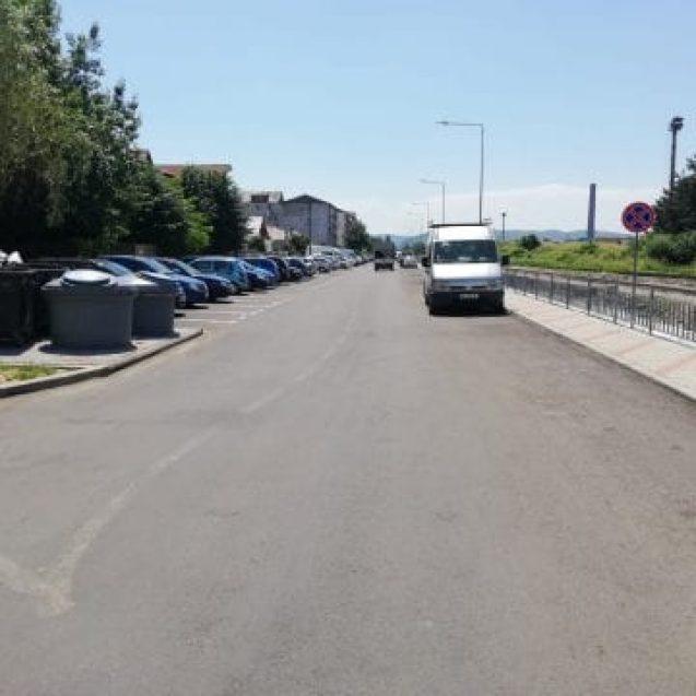 ATENȚIE cum parcați pe Colibiței! Se lasă cu amenzi!
