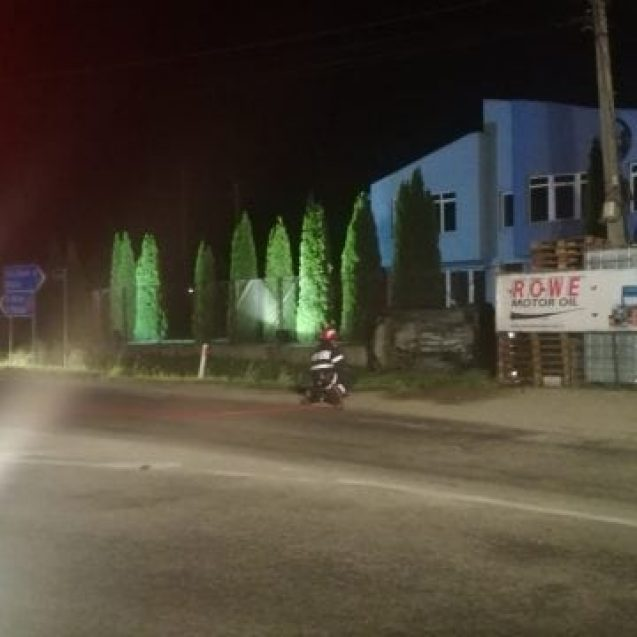 FOTO – Accident de circulație spectaculos lângă Giulia! Pericol de explozie