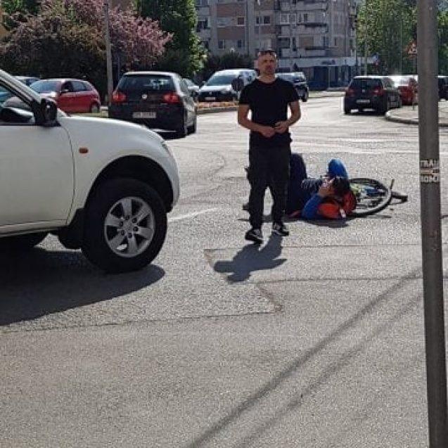 FOTO: Biciclist lovit de mașină la Han!