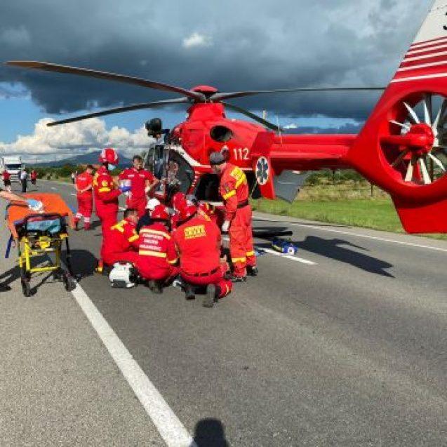 FOTO/VIDEO: GRAV accident în Rusu Bârgăului. A fost solicitat elicopterul SMURD