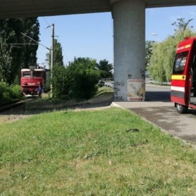 FOTO/VIDEO – Un bărbat de 50 de ani a fost decapitat de tren la intrare în Bistrița