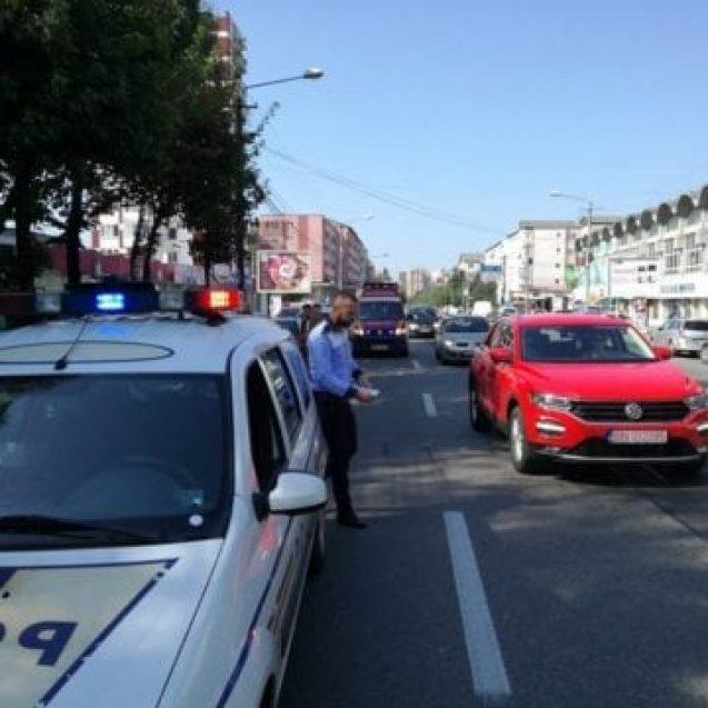 FOTO – Goana spre piață a trimis-o la spital pe o bătrână din Bistrița