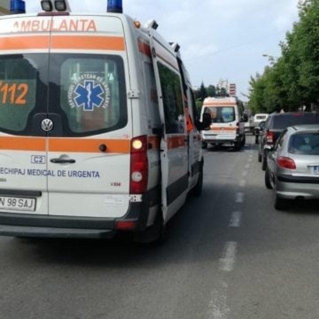 FOTO  – Accident stupid pe Andrei Mureșanu. Un bătrân a băgat o poștăriță în spital cu un gest necugetat