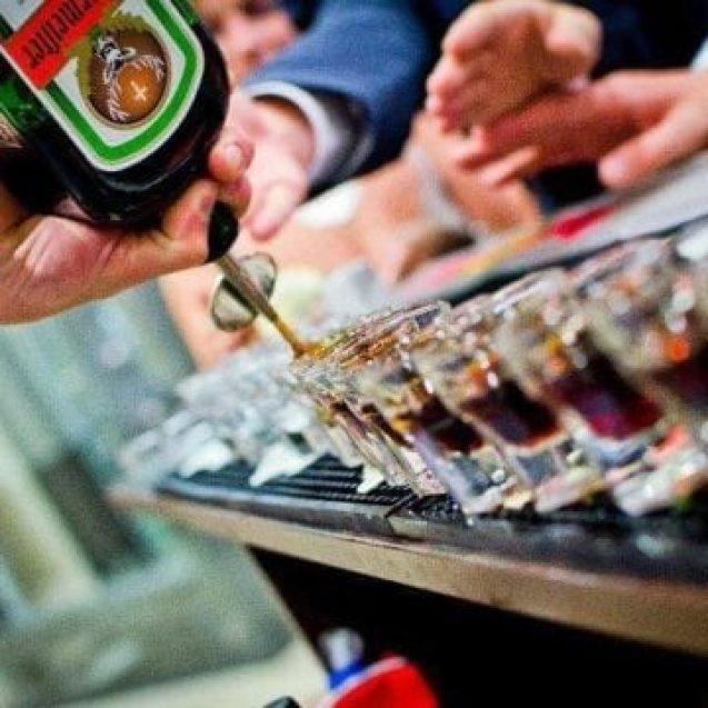 5 avantaje dacă îți iei băuturile de la Cafe Bar Select când ai un eveniment