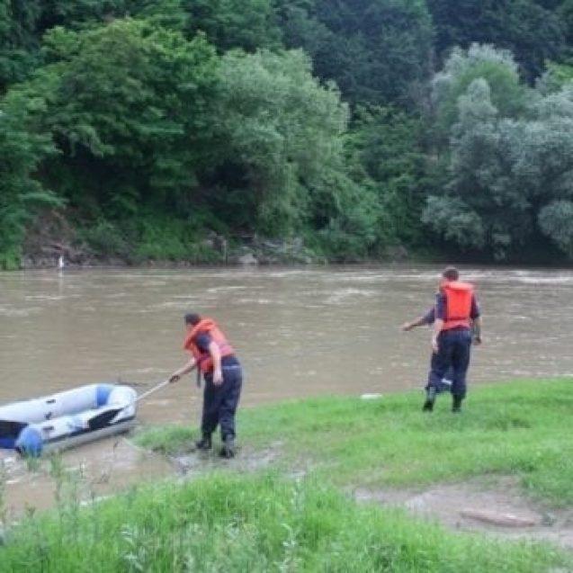 Un pensionar din Coșbuc a dispărut fără urmă. Zeci de persoane îl caută