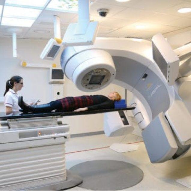Are Bistrița ce n-a văzut Ardealul! Centru de radioterapie pentru bolnavi, care pregătește și specialiști