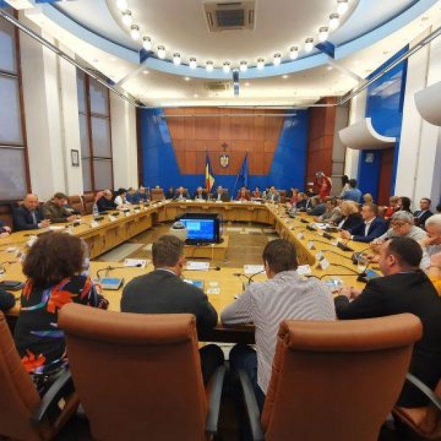 VIDEO – Radu Moldovan: Bugetul județului, mult mai mic în 2020! ZERO lei pentru investiții în sănătate, de la Guvern!