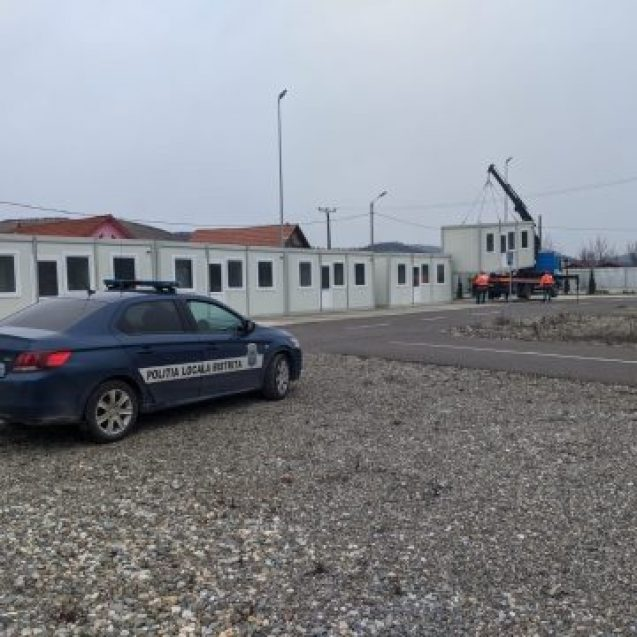FOTO/VIDEO – REVOLTĂ în Viișoara: Nu vor containere pentru carantină amplasate acolo!