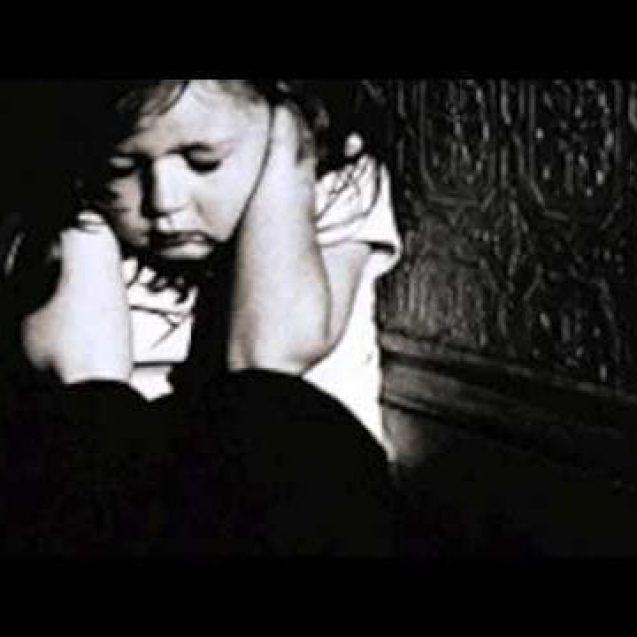 BÂRGĂU: Fetiță de 11 ani, victimă a violenței în familie! Prinsă în războiul părinților aflați în prag de divorț