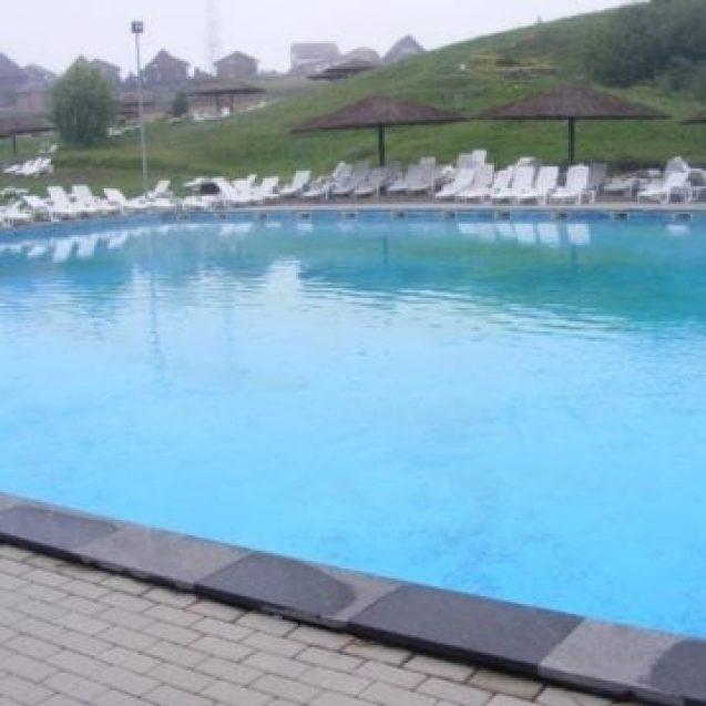 Vreți să faceți o baie la Figa, dar vremea nu vă lasă? Primăria Beclean a găsit soluția