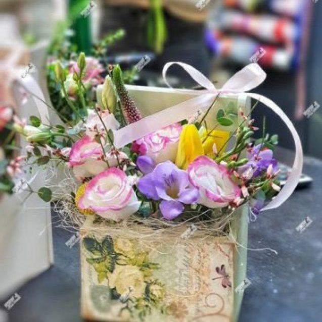FOTO/VIDEO: Departe de mama de 8 Martie? Comandă-i buchetul de flori online, la Euforia Floral Boutique!