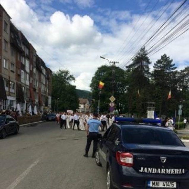 Un bistrițean a agresat o femeie de 34 de ani, în curtea unui hotel