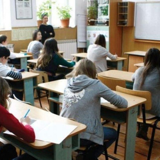 Cei mai buni elevi din Bistrița-Năsăud au optat pentru același liceu