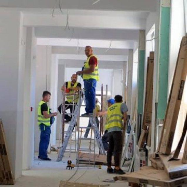 Generală 4: Peste 80 de muncitori lucrează de zor să finalizeze lucrările până în septembrie