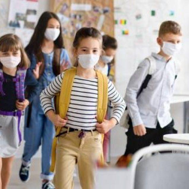 Se modifică măsurile de organizare a activității în școli. Condițiile în care vor merge elevii la școală