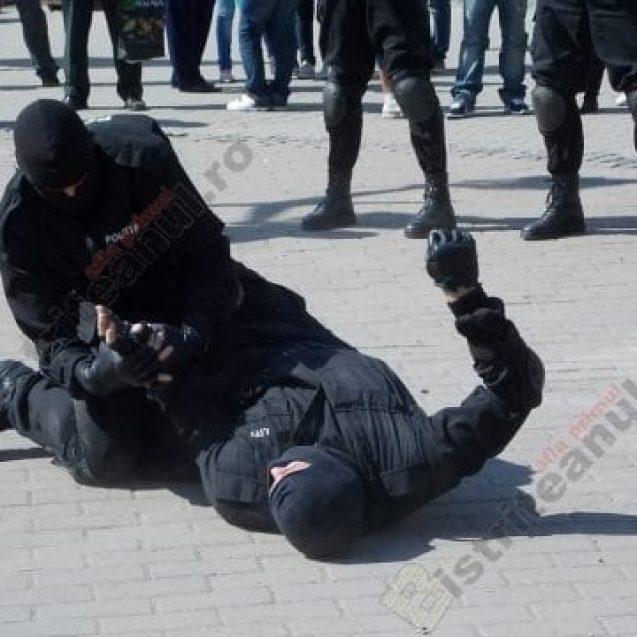 S-a decis soarta bărbaților ce au atacat doi mascați de la Poliție