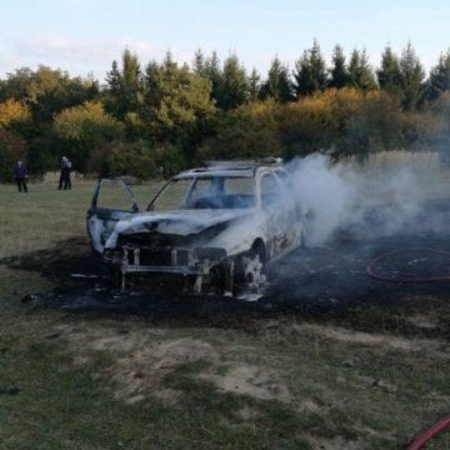 Cine este bărbatul care și-ar fi incendiat ieri mașina în Sigmir