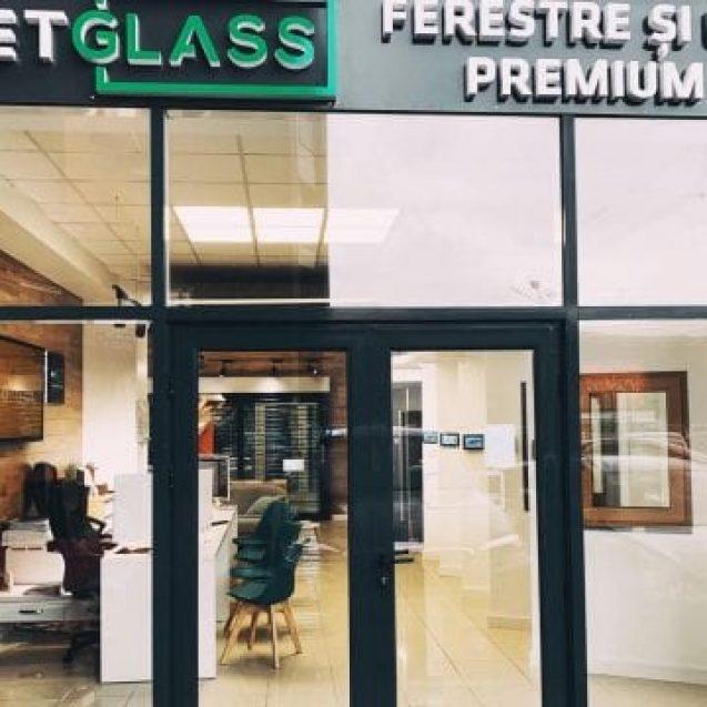 METGLASS a deschis cel mai modern showroom cu ferestre, sisteme de umbrire și uși inteligente, pe Independenței!