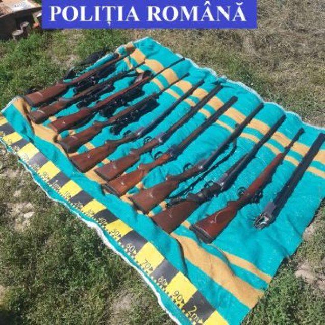 Patru persoane reținute pentru 30 de zile, dintre cei care ar fi introdus ilegal arme letale în țară