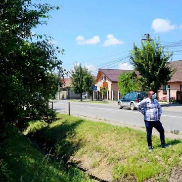 MINUNE: Au început lucrările la pistele de biciclete promise