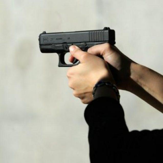 SCANDAL la Băile Figa: Trei persoane împușcate cu un pistol cu bile de cauciuc!