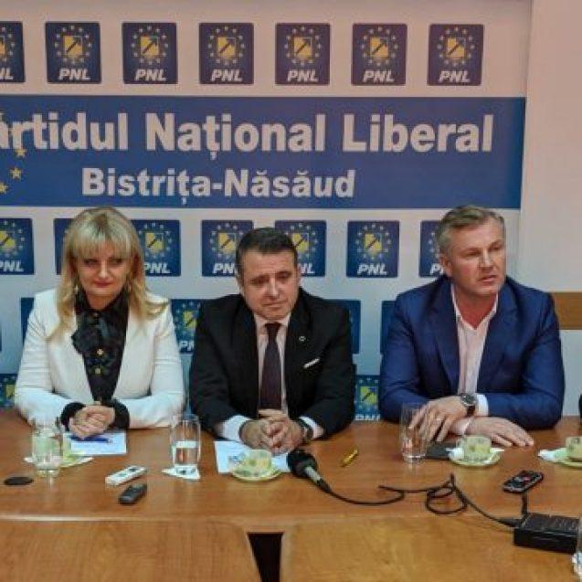 Ziua cuțitelor lungi în PNL! Liberalii decid astăzi lista pentru parlamentare și cine va fi vicepreședintele PNL la Consiliul Județean